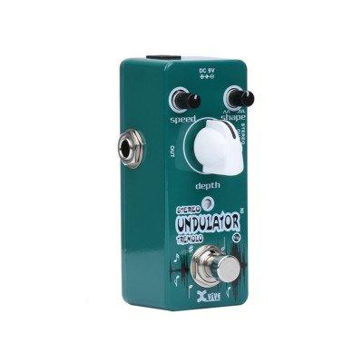 Xvive V16 Undulator Tremolo Stereo